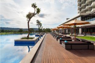 /radisson-golf-and-convention-center-batam/hotel/batam-island-id.html?asq=jGXBHFvRg5Z51Emf%2fbXG4w%3d%3d