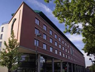 /sv-se/hotel-van-der-valk-maastricht/hotel/maastricht-nl.html?asq=vrkGgIUsL%2bbahMd1T3QaFc8vtOD6pz9C2Mlrix6aGww%3d