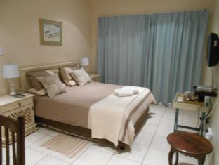 /the-coelacanth-bed-and-breakfast/hotel/east-london-za.html?asq=jGXBHFvRg5Z51Emf%2fbXG4w%3d%3d
