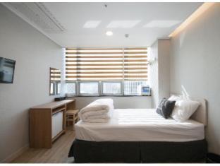 /ro-ro/k-guesthouse-dongdaemun-premium/hotel/seoul-kr.html?asq=jGXBHFvRg5Z51Emf%2fbXG4w%3d%3d