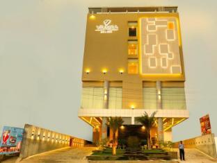 /vivera-grand-hotel-dindigul/hotel/dindigul-in.html?asq=jGXBHFvRg5Z51Emf%2fbXG4w%3d%3d