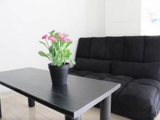 MI 1 Bedroom Apartment USJ and Umeda