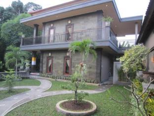 Ketut Kasta Guest House