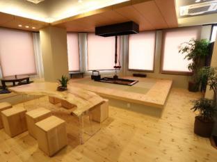 Fuku Hostel Nagomi Namba