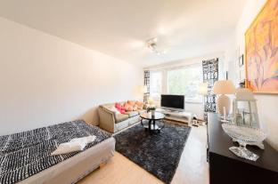/da-dk/finn-luxuary-apartments/hotel/helsinki-fi.html?asq=m%2fbyhfkMbKpCH%2fFCE136qVB0bdQ5XoeDarB0IVNOxKtnZCpC3BO3u3rvDIUpJtGH