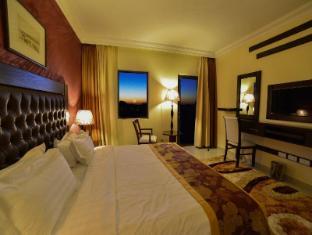 /p-quattro-relax-hotel/hotel/petra-jo.html?asq=5VS4rPxIcpCoBEKGzfKvtBRhyPmehrph%2bgkt1T159fjNrXDlbKdjXCz25qsfVmYT