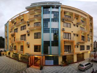 Mahadev Hotel
