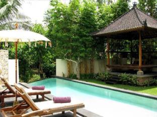 Villa Tirta Indah