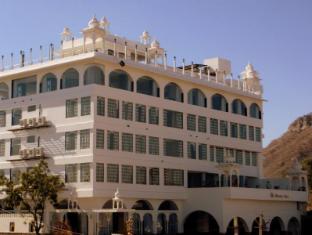 /hotel-mewargarh/hotel/udaipur-in.html?asq=GzqUV4wLlkPaKVYTY1gfioBsBV8HF1ua40ZAYPUqHSahVDg1xN4Pdq5am4v%2fkwxg