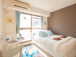 Tenjin Riverside Apartment