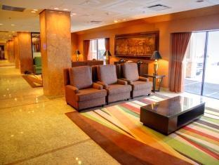 Crowne Plaza Hotel Toronto Airport Toronto (ON) - Lobby