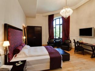 /le-boutique-hotel-moxa/hotel/bucharest-ro.html?asq=jGXBHFvRg5Z51Emf%2fbXG4w%3d%3d