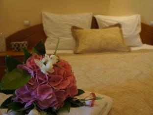 /agentia-h-accommodation/hotel/bucharest-ro.html?asq=jGXBHFvRg5Z51Emf%2fbXG4w%3d%3d