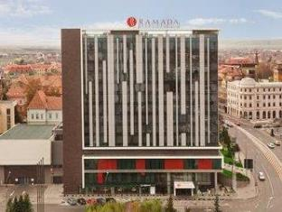 /ramada-sibiu-hotel/hotel/sibiu-ro.html?asq=vrkGgIUsL%2bbahMd1T3QaFc8vtOD6pz9C2Mlrix6aGww%3d
