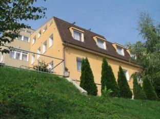 /pension-zlata-noha/hotel/bratislava-sk.html?asq=jGXBHFvRg5Z51Emf%2fbXG4w%3d%3d
