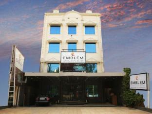 Emblem Hotel Sector 14 Gurgaon