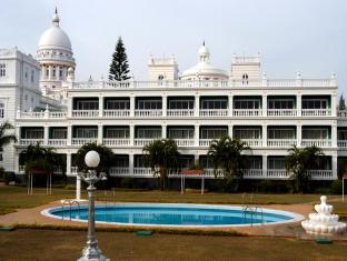 /lalitha-palace-mahal-hotel-mysore/hotel/mysore-in.html?asq=jGXBHFvRg5Z51Emf%2fbXG4w%3d%3d
