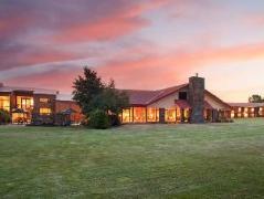 Mackenzie Country Hotel   New Zealand Budget Hotels