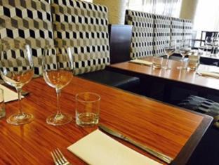 West Plaza Hotel Wellington - Restaurant