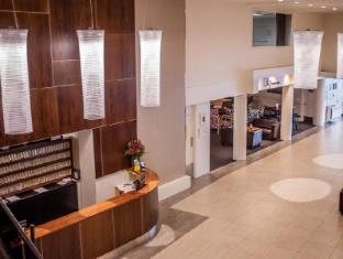 West Plaza Hotel Wellington - Reception