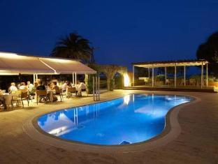 /hotel-spa-terraza/hotel/roses-es.html?asq=jGXBHFvRg5Z51Emf%2fbXG4w%3d%3d