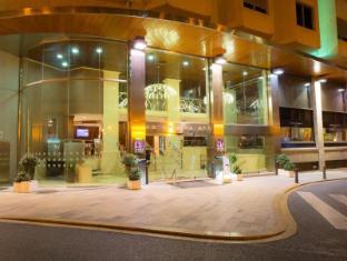 โรงแรมอีเรแอสโทเรียปาลาเช