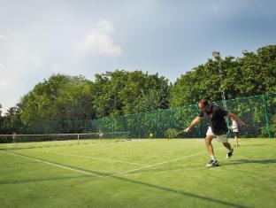 Bandos Maldives Maldives Islands - Tennis