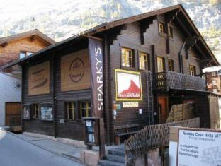 /th-th/the-matterhorn-hostel-zermatt/hotel/zermatt-ch.html?asq=vrkGgIUsL%2bbahMd1T3QaFc8vtOD6pz9C2Mlrix6aGww%3d