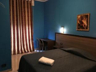 /hotel-new-salus/hotel/milan-it.html?asq=5VS4rPxIcpCoBEKGzfKvtBRhyPmehrph%2bgkt1T159fjNrXDlbKdjXCz25qsfVmYT
