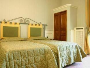 /de-de/hotel-pedrini/hotel/bologna-it.html?asq=vrkGgIUsL%2bbahMd1T3QaFc8vtOD6pz9C2Mlrix6aGww%3d