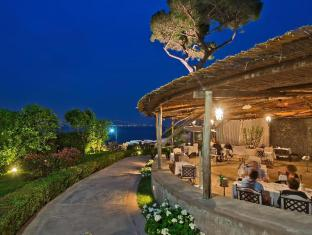 /villa-marina-capri-hotel-spa/hotel/capri-it.html?asq=jGXBHFvRg5Z51Emf%2fbXG4w%3d%3d