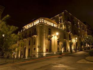 /hotel-royal/hotel/catania-it.html?asq=jGXBHFvRg5Z51Emf%2fbXG4w%3d%3d