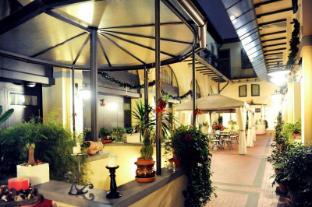 /residence-la-contessina/hotel/florence-it.html?asq=GzqUV4wLlkPaKVYTY1gfioBsBV8HF1ua40ZAYPUqHSahVDg1xN4Pdq5am4v%2fkwxg