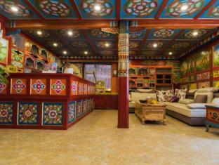 /jiuzhai-fanzhiyu-hotel/hotel/jiuzhaigou-cn.html?asq=jGXBHFvRg5Z51Emf%2fbXG4w%3d%3d