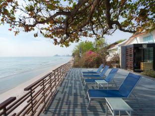 Baan Sanpleum Beachfront Condominium