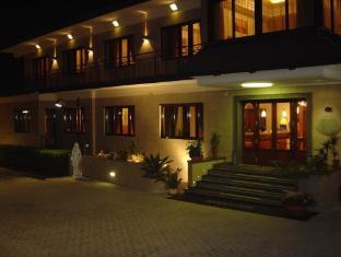 /nl-nl/ranch-palace-hotel/hotel/naples-it.html?asq=vrkGgIUsL%2bbahMd1T3QaFc8vtOD6pz9C2Mlrix6aGww%3d