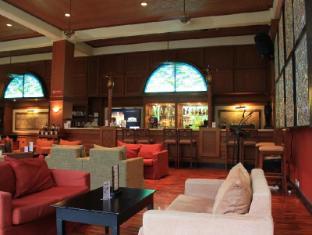 โรงแรมซานูร์ พาราไดซ์ พลาซ่า บาหลี - ผับ/เลาจน์