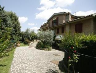 /villa-veronica/hotel/siena-it.html?asq=jGXBHFvRg5Z51Emf%2fbXG4w%3d%3d
