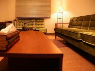ES33 - 4 Bedroom Apartment in Sapporo