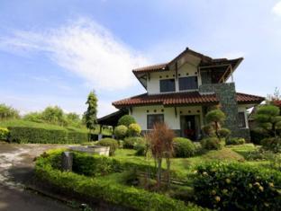 Villa Chava Dima - Ciater Highland Resort
