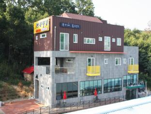 /goodstay-andong-poong-gyung-guesthouse/hotel/andong-si-kr.html?asq=jGXBHFvRg5Z51Emf%2fbXG4w%3d%3d