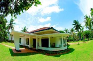 /hill4-residence/hotel/negombo-lk.html?asq=jGXBHFvRg5Z51Emf%2fbXG4w%3d%3d