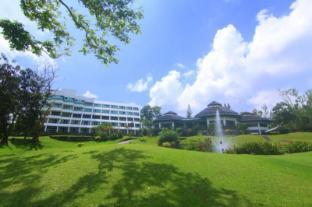 /ca-es/kc-hillcrest-hotel-and-golf-club/hotel/tagaytay-ph.html?asq=vrkGgIUsL%2bbahMd1T3QaFc8vtOD6pz9C2Mlrix6aGww%3d