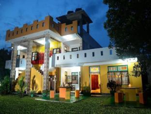 /tr-tr/villa-ceylon/hotel/negombo-lk.html?asq=5VS4rPxIcpCoBEKGzfKvtE3U12NCtIguGg1udxEzJ7kOSPYLQQYTzcQfeD1KNCujr3t7Q7hS497X80YbIgLBRJwRwxc6mmrXcYNM8lsQlbU%3d