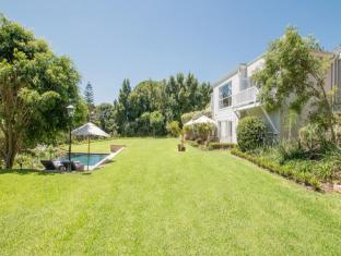 Villa 18 on Hillwood