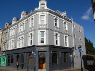 Church Street Hotel London - Exterior