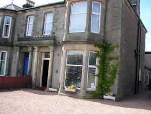 Clunie Guest House