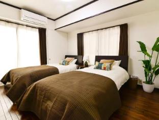 ES44 2 Bedroom Apartment in Ueno Area