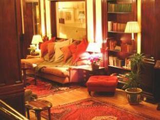 /pine-trees-hotel-pitlochry/hotel/pitlochry-gb.html?asq=jGXBHFvRg5Z51Emf%2fbXG4w%3d%3d