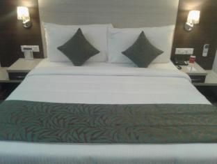 Hide Away Suites